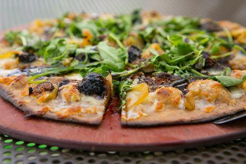 Picazzo's thin crust GF pizza w: arugula