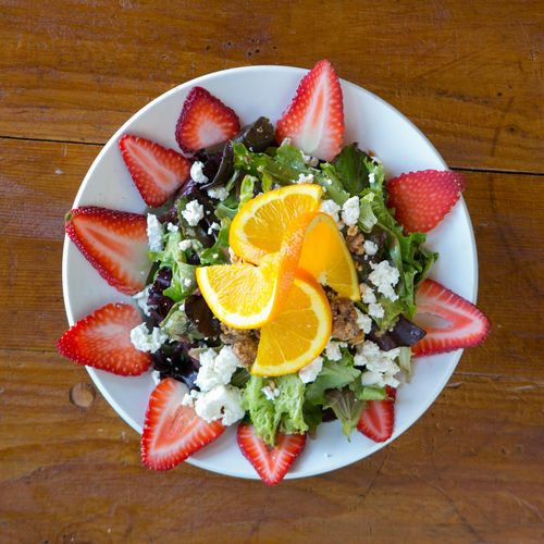Picazzo's strawberry  salad