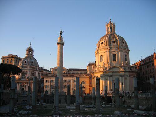 Roman-forum-ruins