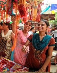 Women in India bazaar