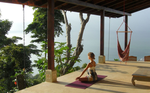 Anamaya-Resort-yoga
