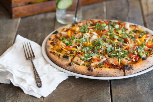 Picazzos-Thai-Peanut-Chicken-Pizza