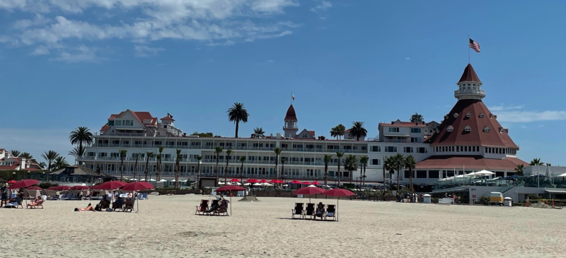 Hotel Del view from beach